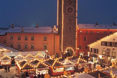 Christmas Market in Sterzing, South Tyrol