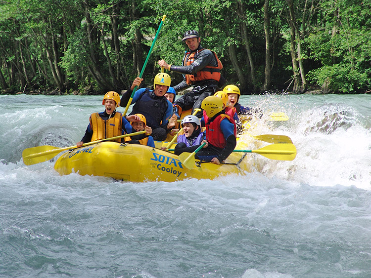 Rafting tours on the Eisack