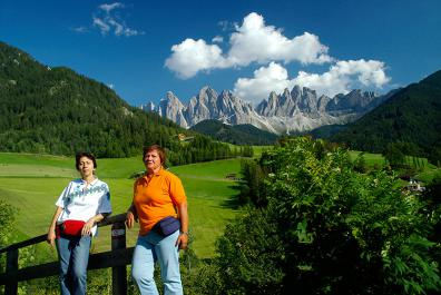Guided hikes in the Dolomites