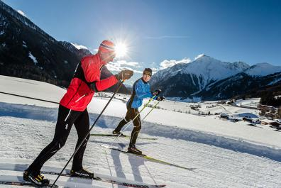 Cross-country skiing on an alpine trail in Pfitschtal